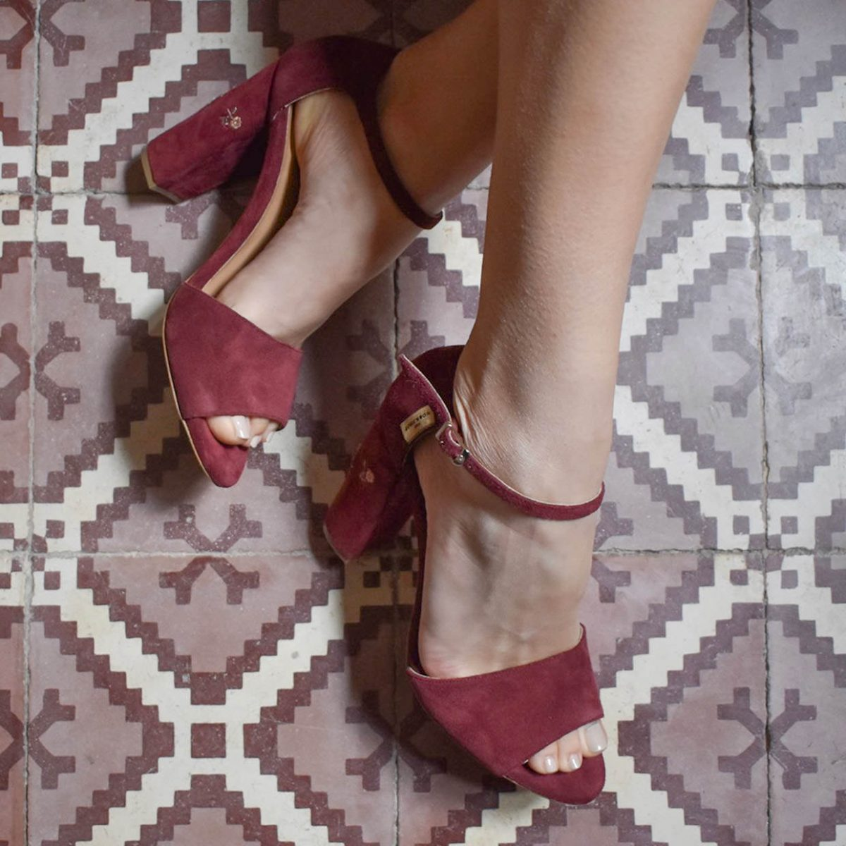 embrodery heels-bordeaux_alt_theworkshopshoes-poem